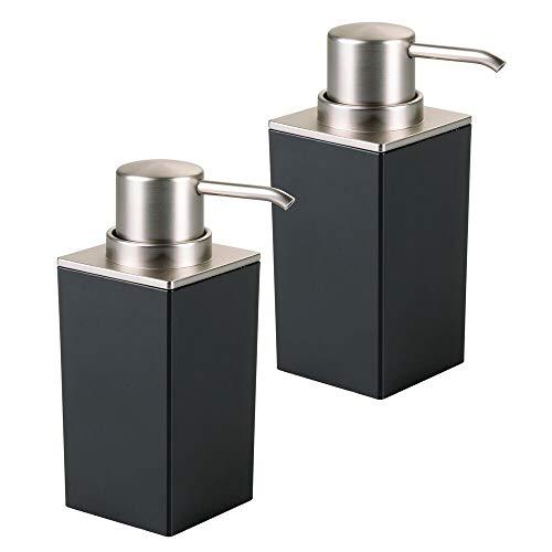 mDesign Set da 2 Dispenser sapone ricaricabile – Elegante dosatore sapone in plastica – Portasapone ideale per bagno e cucina – nero/argento