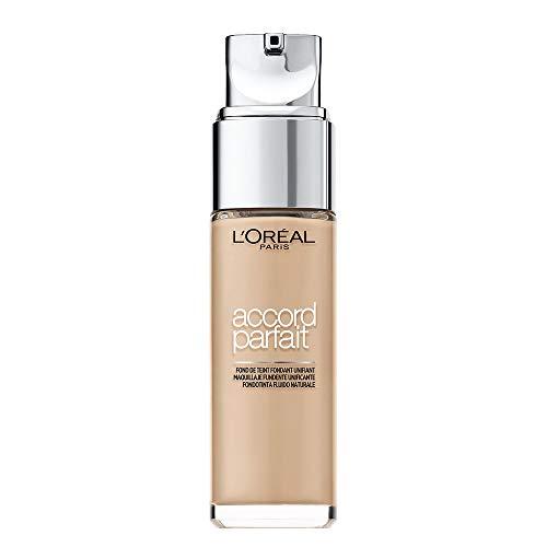 L'Oréal Paris Fondotinta Fluido Coprente Accord Parfait, Risultato Naturale, No Effetto Maschera, 1.5N Lin/Linen