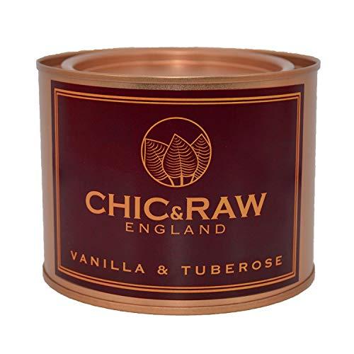 Chic & Raw Candele profumate Grandi, fragranza Domestica all'olio Essenziale di Vaniglia e tuberosa, Cera di soia Naturale, in Latta di Vernice, Oro Rosa, di 70 Ore, Confezione Regalo
