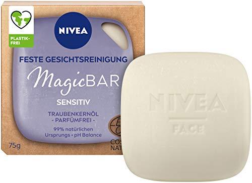 NIVEA MagicBar - Detergente per il viso Sensitiv (75 g), senza profumo, cosmetico naturale certificato con olio di semi d'uva