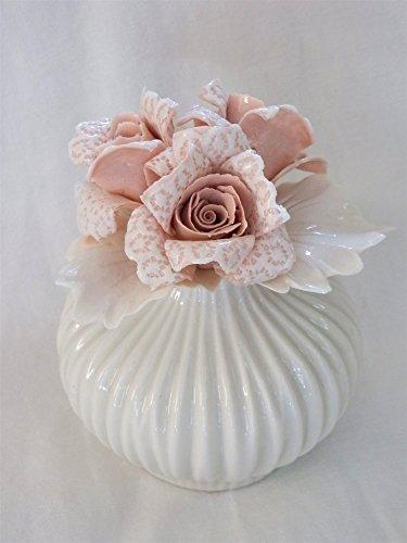 Profumatore Ambiente con rose in pizzo porcellanato