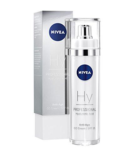 NIVEA PROFESSIONAL Acido Ialuronico CC Cream, crema viso colorata con protezione solare SPF 15, efficace crema idratante anti rughe per la cura del viso, adatta anche come fondotinta, 1 x 50 ml