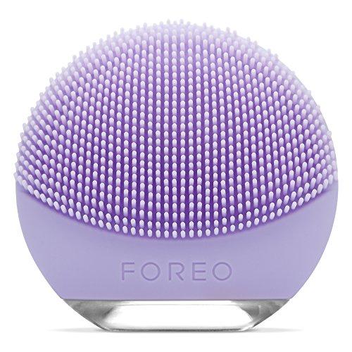 FOREO LUNA go spazzola esfoliante per il viso con funzione anti età per Pelli Sensibili, Ricaricanile tramite USB e completamente impermeabile