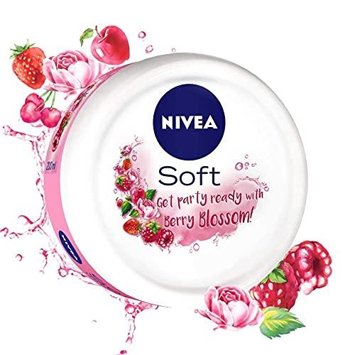 NIVEA Soft Light Moisturizer Berry Blossom With Vitamin E & Jojoba Oil,100 ml