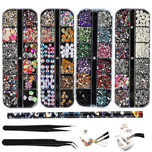 (4 Scatole) Nail Art Strass Kit Nail Art Decorazioni con 2 Pinzetta e Penna di Strass Scelta Nail Rhinestones Cristalli Perle Gemme Misti Colorati Oro Metallo per Unghie Decorazioni